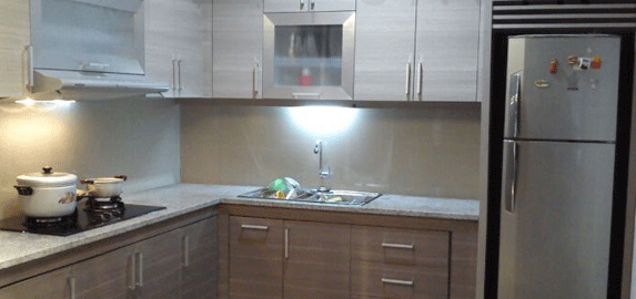 Kitchen Sets Dengan Finishing HPL